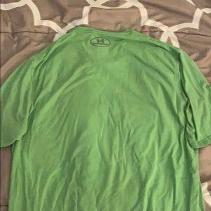 Under Armour Shirts - Men's Medium green under armour shirt